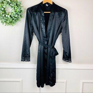 Apt. 9 Black Robe